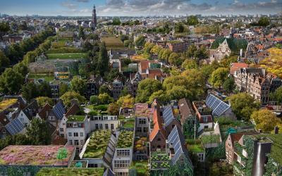 Sociale huurwoningen krijgen 10.000m2 aan slimme blauw-groene daken!